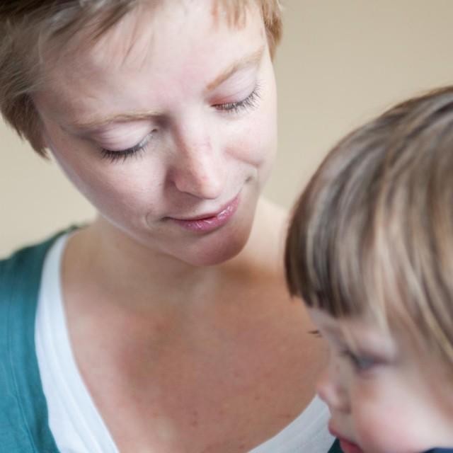 Mutter und Kind im Julie-Postel-Haus (Foto: SMMP/Beer)